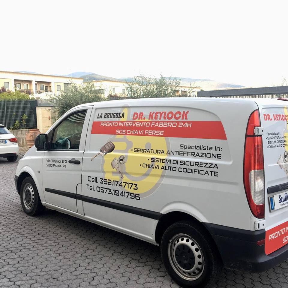 adesivi per veicoli Pistoia - Scuffi Pubblicità - Dr. Keylock